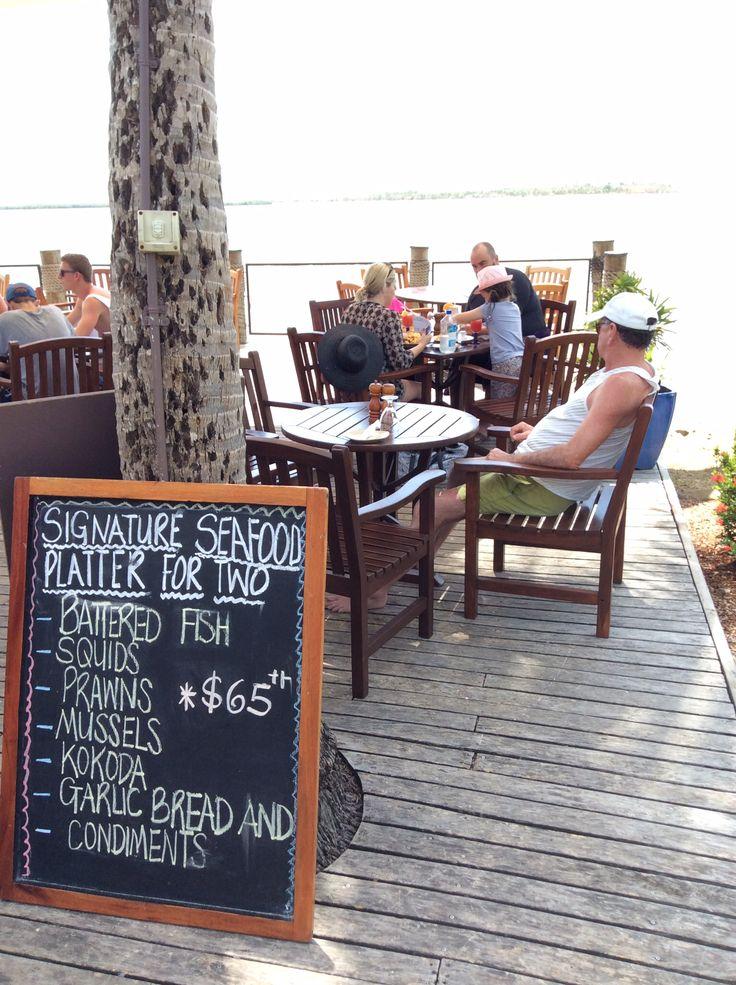 Pool restaurant in Sheraton Villas.
