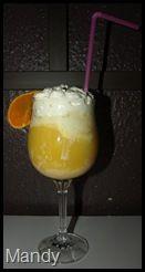 """Meine lieben, heute möchte ich euch noch ein leckeres und schnelles Rezept vorstellen, was ich mit Verpoorten gezaubert habe.  """"Sanfter Engel"""" ist ein Cocktail der nur wenig Alkohol enthält aber dafür richtig lecker schmeckt. Folgende Zutaten braucht ihr für 1 Portion:  2 Kugeln Vanilleeis Zum auffüllen reichlich Orangensaft (100 %) 1 Schuss Verpoorten ( Eierlikör) 1 Portion frische Sprühsahne 1 Orangen oder Zitronenscheibe zur Dekoration 1 Strohhalm"""