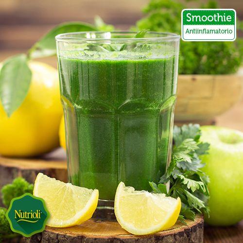 ¡Reduce la inflamación abdominal con este delicioso smoothie! Las hojas de albahaca están llenas de aceites antiinflamatorios que pueden ayudar a aliviar el dolor de artritis, además favorecen el sistema digestivo. Ingredientes: • 1 taza de hojas de albahaca fresca • 1 pepino grande • 1 limón pelado • 1 manzana verde Mézclalos en un procesador de jugos ¡y disfruta!  Chop, chop, chop