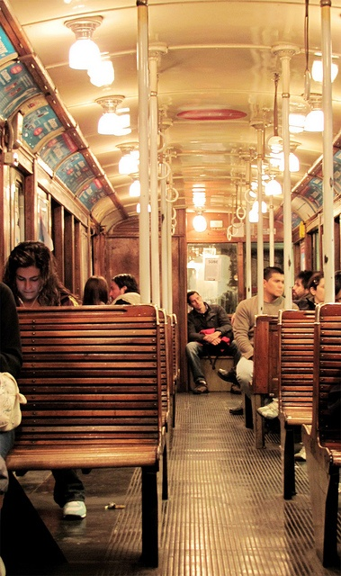 """Argentina: """"Linea A"""" Subway on Buenos Aires"""