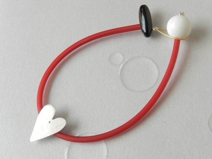 Love bracelet silver heart coral steel rubber onyx: love delicate gift and a unique heart jewelery for lovely red moments!