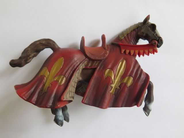 Schleich Medieval Horse//Medieval Toy Horse//Schleich Horse by Waitingforgeorge on Etsy