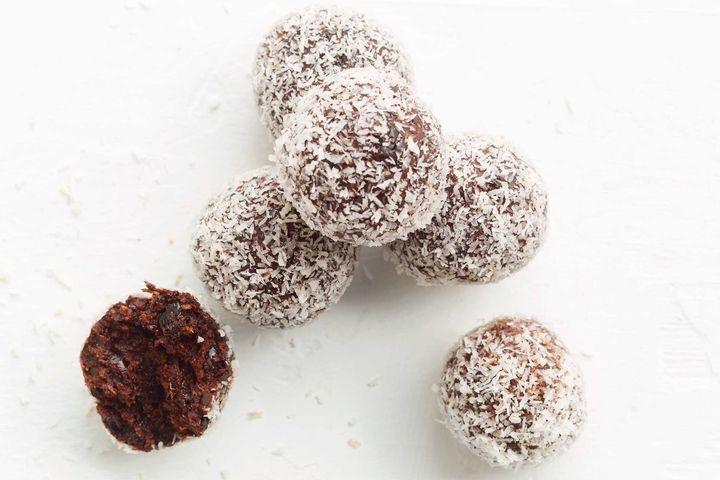 'Cherry Ripe' bliss balls