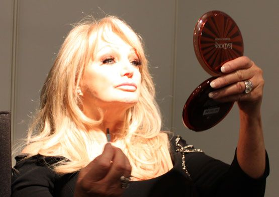 Bonnie Tyler in backstage #eurovision #gaynorsullivan #gaynorhopkins #thequeenbonnietyler #therockingqueen #rockingqueen #2013 #malmo #uk #unitedkingdom #music #rock