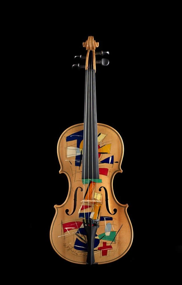 Violin made by Ezia Di Labio and Decorated by Ugo Nespolo