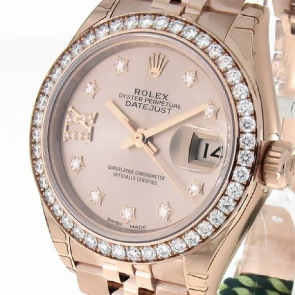 Rolex Oyster Perpetual Lady Datejust 28mm Ref. No.279135RBR Code150474 MovementAutomatic Bracelet materialPink Gold Year2015 Condition0 (unworn) GenderLadies' watch With box, With papers Price $25,000 AvailabilityAvailable immediately if you want more info or a different kind of watch please reach out! Rolex Accessories Watches