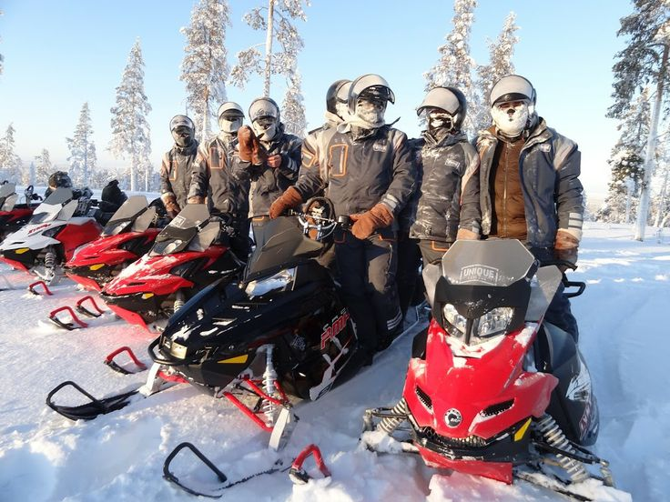 Snowmobile tours with Unique Lapland