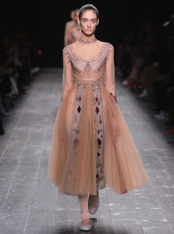 Valentino Women Fall Winter 2016 17 Collection Love Fashion Pinterest