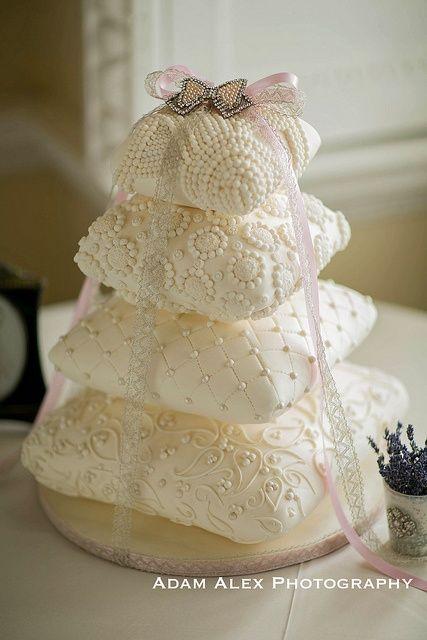 Cushion wedding cake
