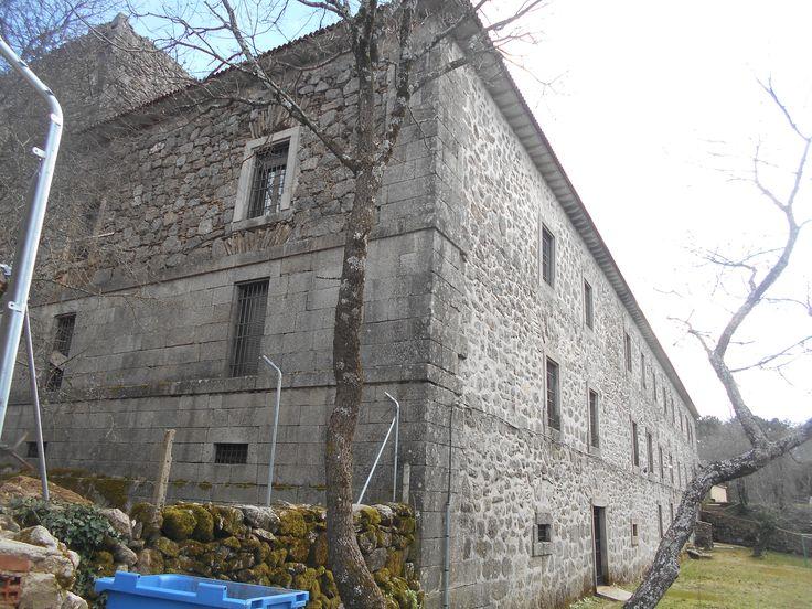 Hinojosa de San Vicente. Monasterio de Piélago hoy finca privada
