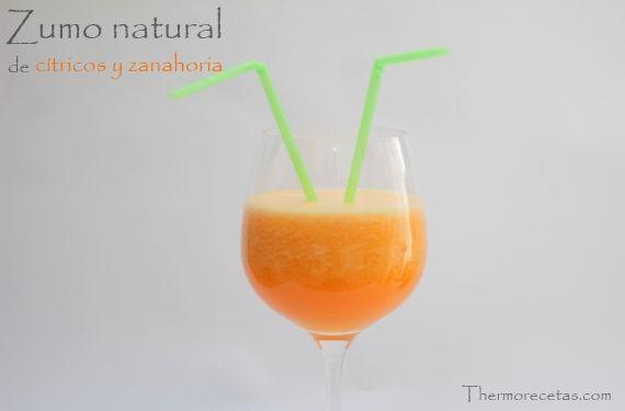 Zumo  natural de cítricos y zanahoria en 3 minutos