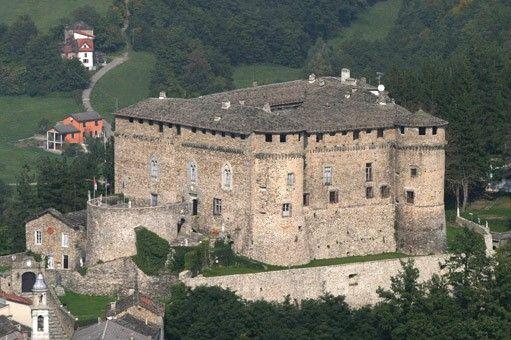 Castello di Compiano - I Castelli del Ducato di Parma e Piacenza