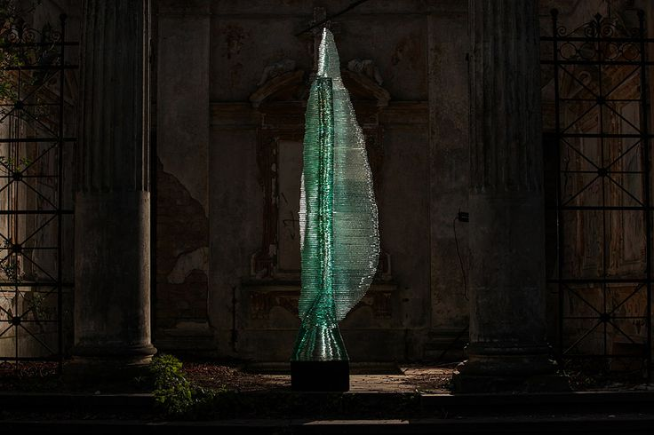 Post Procella monumental layered glass sculpture by Ernest Vitin