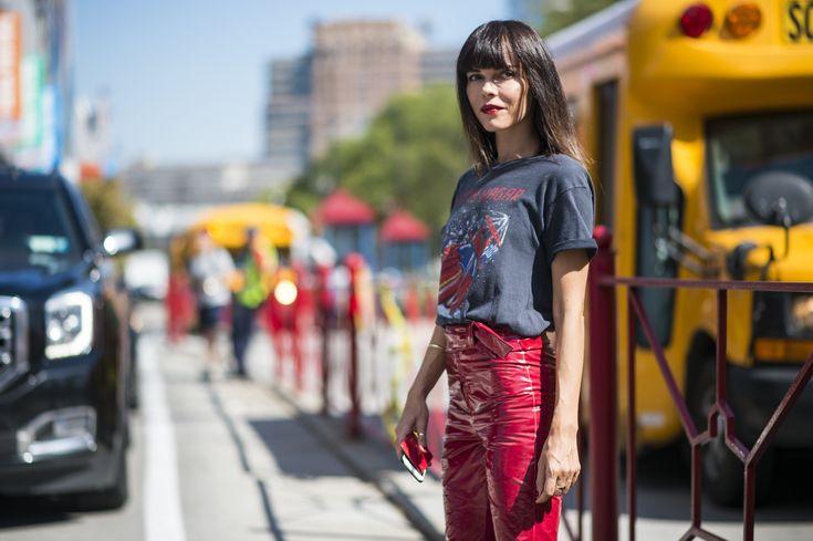 Fashion_Week_Streets_0916_nyfw_ws_day07_126_hr