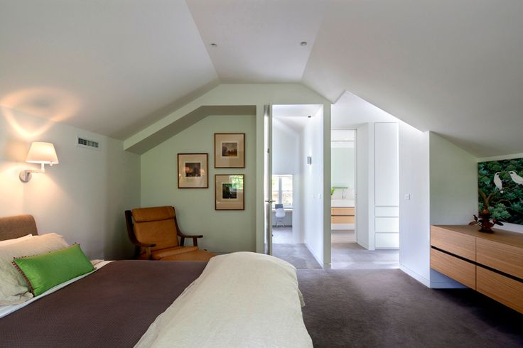 This existing Californian bungalow was in need of a overhaul and the spaces within consolidated, the overall footprint of the house was however left intact.