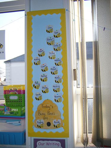 Classroom helpers - always liked the bee theme