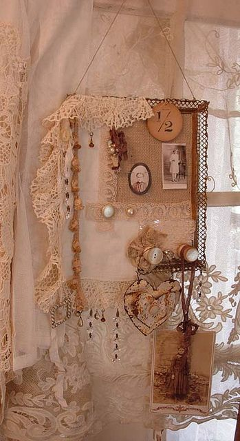 Burlap Dreams! | Flickr - Photo Sharing!  ♥ #shabbychic