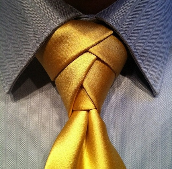 I love this....wish it came with instuctions on how to pull it off...  Sunshine Yellow