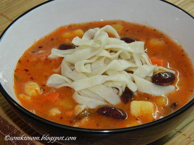 Fazuľová polievka so slížami