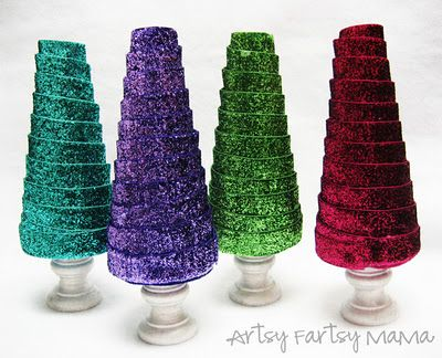 Six Sisters' Stuff: 12 Days of Christmas Traditions: Ribbon Trees with Artsy-Fartsy Mama