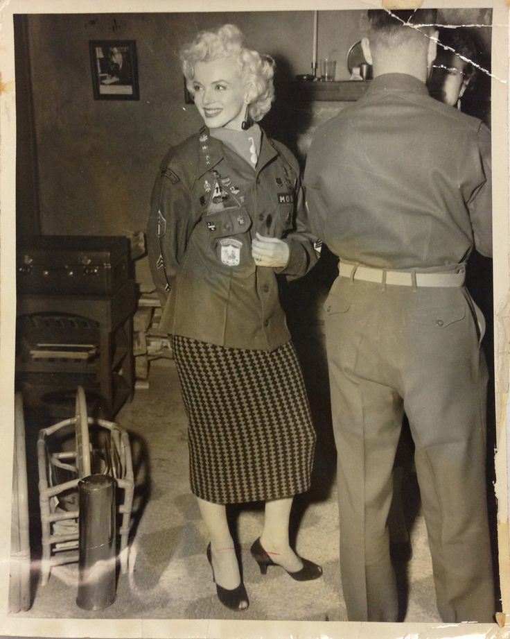 Marilyn Monroe Group of Never-Before-Seen Black and White Photographs from Korea, 1954-9