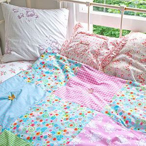 Easy quilting project for beginners This reminds me of quilts my grandma made.