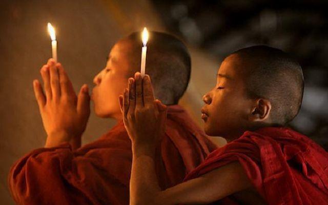 Mente inconscia: la preghiera aiuta a liberare i tuoi poteri Il potere della preghiera non ha bisogno di essere provato. Persino i recenti studi del Dott. Emoto preghiera mente inconscio