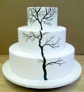 The simplest things are often the hardest to execute.  Look how flawless the fondant is.  And the statement of the tree.  It speaks volumes and yet is so solitary in its existence.  Just amazing.
