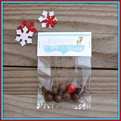 Craftaphile: Free Printable Treat Bag Toppers for Reindeer Noses. Malted milk balls & a sour fruit chew