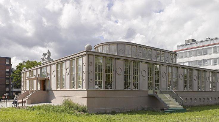 Dordrecht Onderwijsmuseum in monumentaal kantoorgebouw