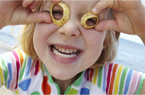 oogonderzoek bij Bartiméus. Het diagnostisch onderzoek bij Bartiméus bestaat uit veel verschillende onderzoeken. Ze kijken naar het oog zelf (oogheelkundig onderzoek) en er worden metingen verricht naar wat de ogen kunnen (functiemetingen). Soms is aanvullend elektrofysiologisch onderzoek nodig om de diagnose te kunnen stellen.