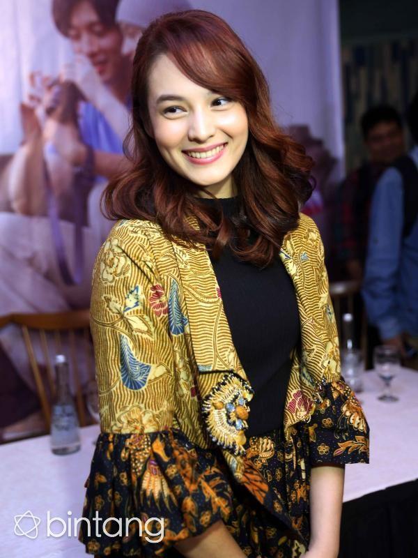 Chelsea Islan berhasil didapuk dan bersanding dengan pemeran utama karakter Kamen Rider 000, Shu Watanabe. (Nurwahyunan/Bintang.com)
