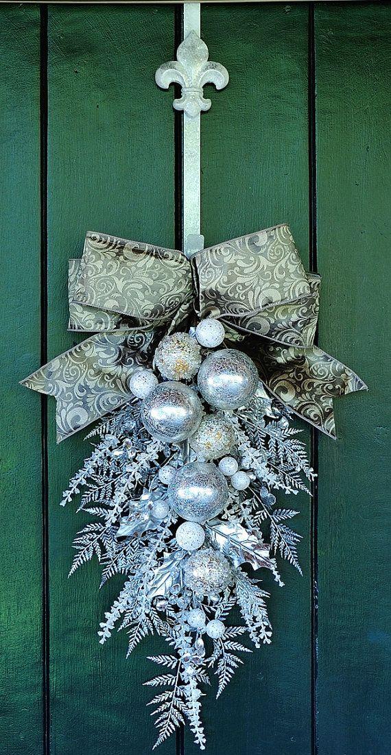 Élégant de Noël - superbe ornement et Noël cristal Swag, Holiday Swag, Swag d'hiver, hiver Couronne, couronne de Noël, Couronne argent
