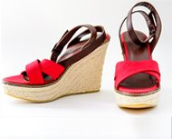 Add height to your favorite dress with our new Espadrilles in red and black!