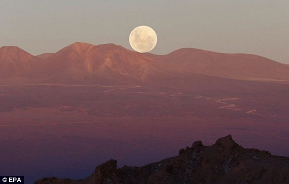 The moon seen from San Pedro de Atacama