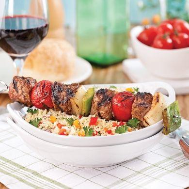 Brochettes de boeuf au bon goût de «charcoal» - Recettes - Cuisine et nutrition - Pratico Pratique