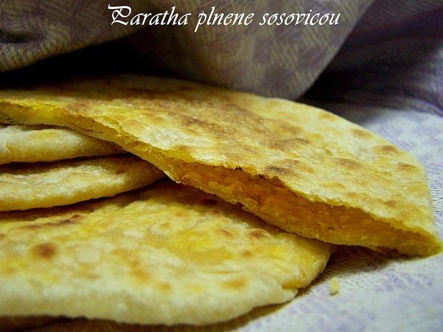 Paratha plnene sosovicou  www.receptyzindie1.com