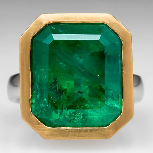 EraGem Custom 14 Carat Emerald Cocktail Ring in Platinum