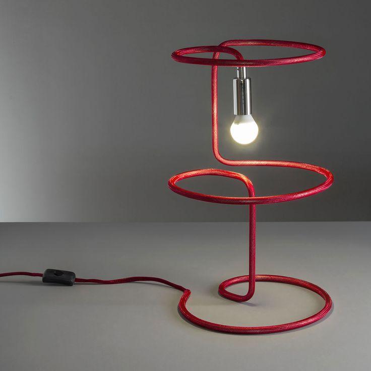 17 migliori idee su luce della lampada su pinterest for Layout della camera familiare