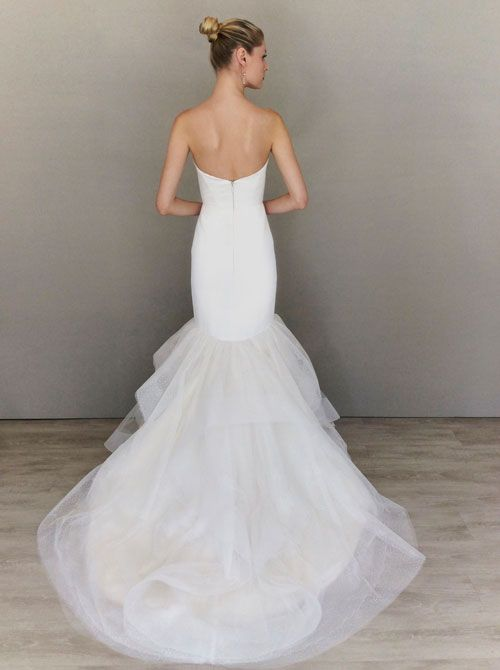 19 best alvina valenta lace bustle designer images on for Wedding dresses lafayette la