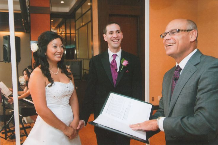 Ted Timar and Janice Hew exchanged vows in a wonderful multi-cultural wedding celebration.