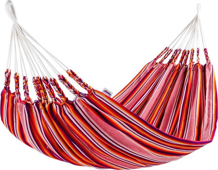 Naya Nayon Europe 1-persoons hangmat  Vrolijke tweepersoons hangmat van katoen De Naya Nayon Europe 1-persoons maakt je niet alleen vrolijk vanwege het ontspannende effect als je erin ligt te schommelen maar ook vanwege het kleurrijke design. Deze hangmat heeft namelijk een prachtig gestreept motief in vrolijke kleuren. De 1-persoons hangmat is geheel gemaakt door de Otavalo-indianen uit Ecuador. Zij hebben de stof dik geweven van katoen (50%) en acryl (50%) waardoor deze bijzonder slijtvast…