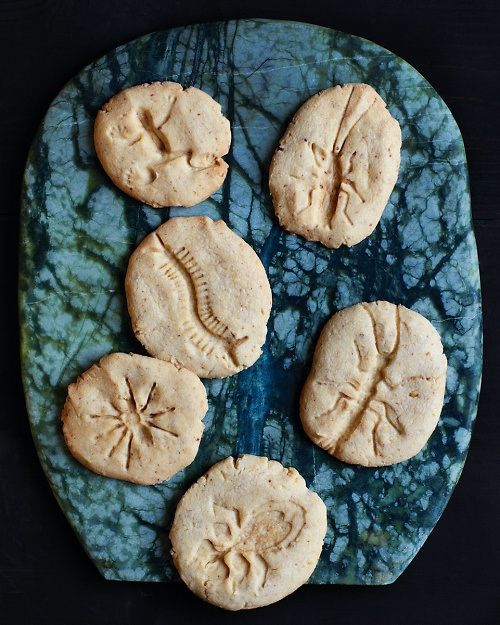 Fossil cookies made using plastic bug toys!!