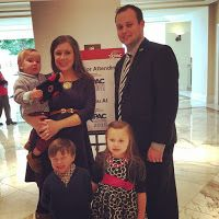 Duggar Family Blog: Updates and Pictures Jim Bob and Michelle Duggar 19 Kids and Counting TLC: Anna Duggar: '[Children] Are Not...Perfect'