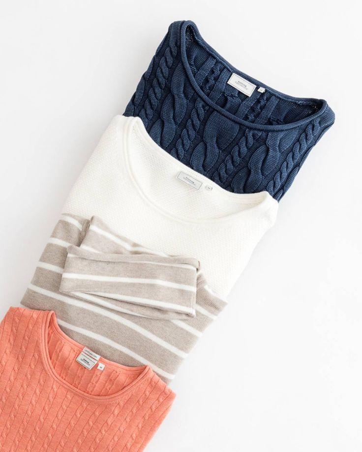 Kablar, ränder och ekologisk bomull - vi är experter på stickat och har modeller till vårens och sommarens alla tänkbara tillfällen. Spana in utbudet i butik eller på boomerangstore.se👌💚🌱 #boomerang1976 #sustainablefashion #madetolast #ecocotton #organic #springnews #cables #knits #perfectknits #stripes #womensfashion Cables, stripes and organic cotton - we are experts when it comes to knitwear and offer you models that fits all kinds of spring and summer activities, for many years to…
