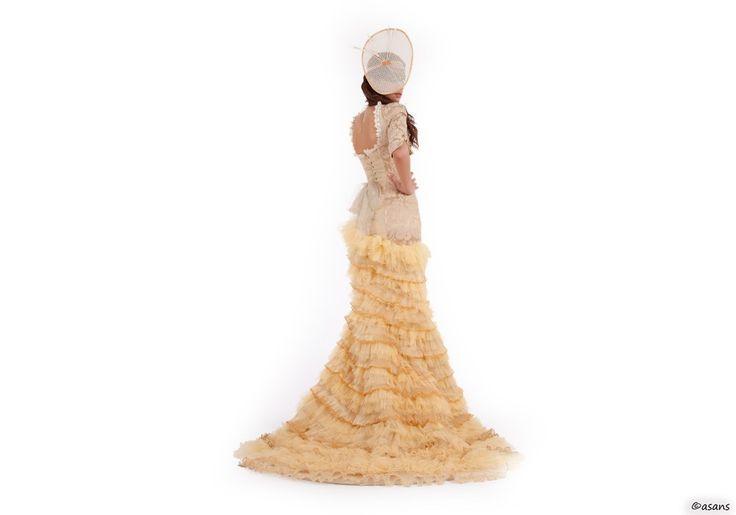 Alta Costura otoño-invierno mujer y hombre 2011, Colección Dorada www.ainhoasalcedo.com