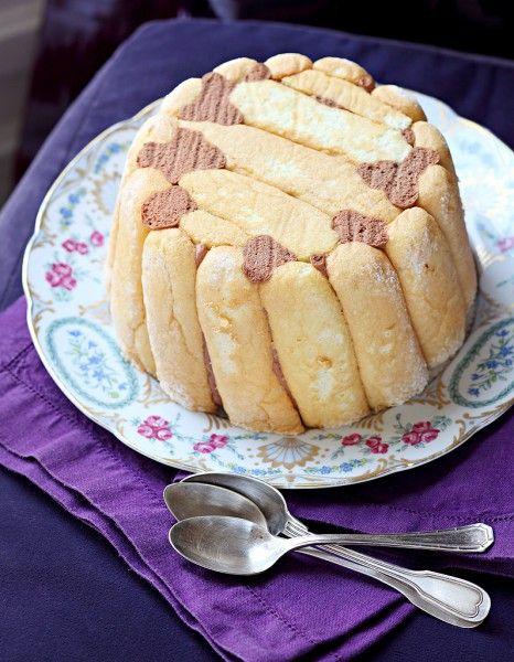 Charlotte au chocolat d'Hélène Darroze pour 8 personnes - Recettes Elle à Table - Elle à Table