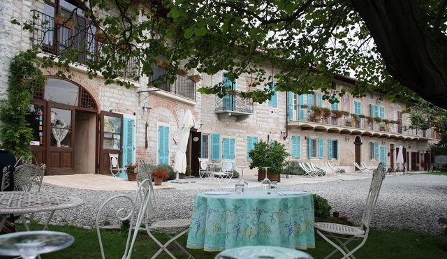 Azienda Agricola Pierino Vellano - #Piemonte #Piedmont http://www.wineandtravelitaly.com/en/vineyard/314-azienda-agricola-pierino-vellano-di-maurizio-vellano.html?recherche=1 #wine #travel #italy #winery #vacation