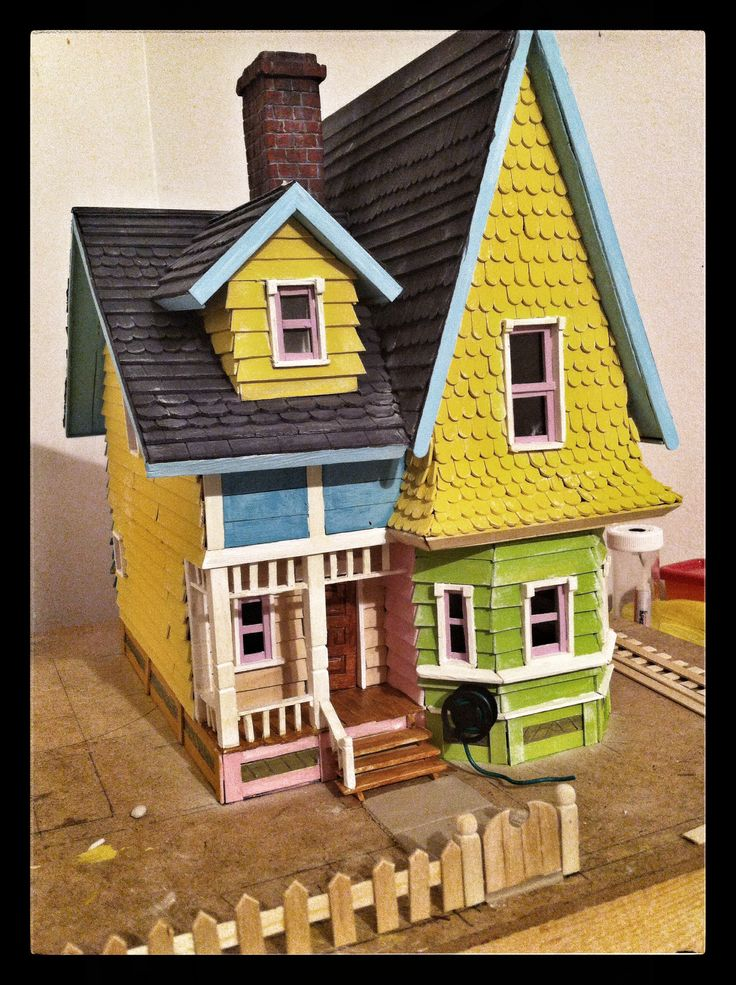 22 best images about hobbys proyecto house up pixar disney - Maqueta casa up ...