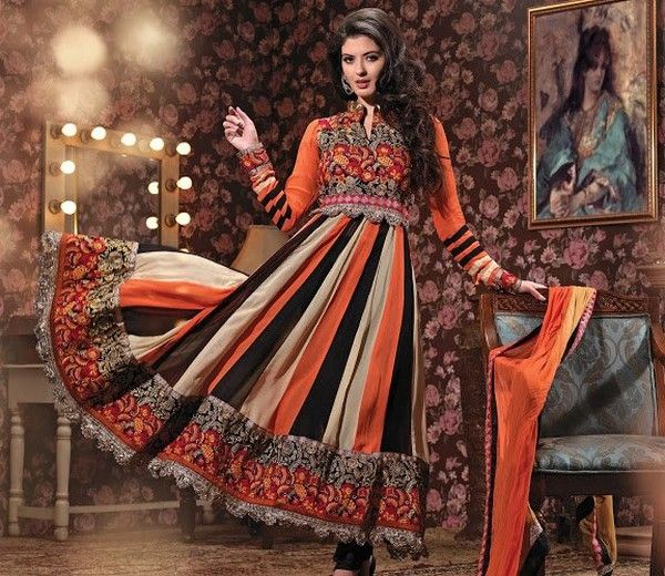Latest Designer's Anarkali Frocks Collection, http://wp.me/p4NpVB-ct . . Anarkali frocks also a modern trend in fashion. Women love to purchase or stitch these designs, for this . . . #DesignerAnarkaliSuits #LatestDesignerAnarkaliSuits #Designer'sAnarkaliFrocks
